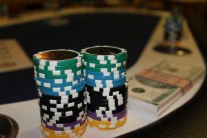 שולחן קלפים